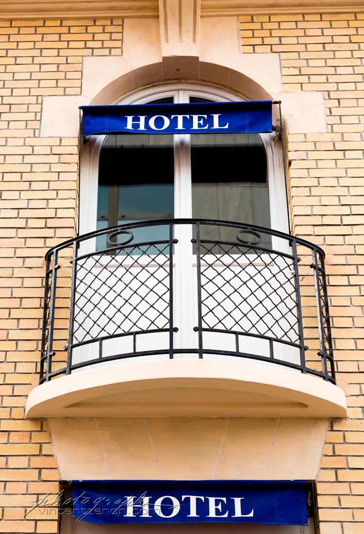 façade hôtel azur reims